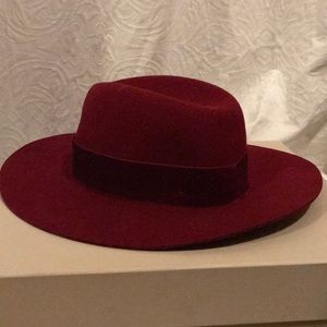 Zara 100% Wool Hat